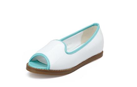 时尚漆皮平跟鞋白色