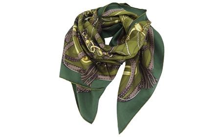 墨绿色女款时尚围巾