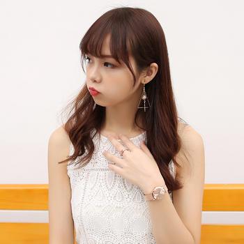 聚利时清?#24405;?#32422;奢华韩式女士手表