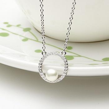 漂亮百合 925银镶石淡水珍珠项链