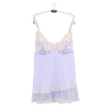 黛安芬罩杯式刺绣花边吊带背心
