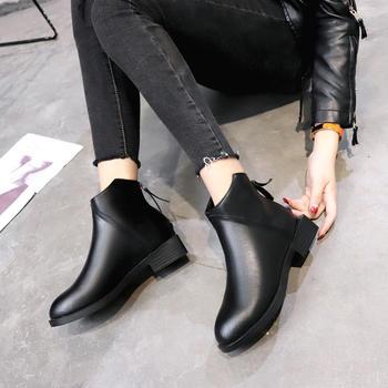 艾微妮韩版百搭新款简约休闲短靴