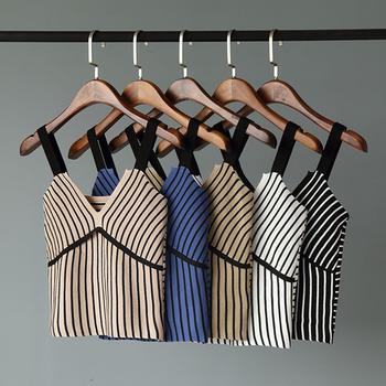 兰菲2019春季条纹V领时尚拼接宽肩带内搭吊带
