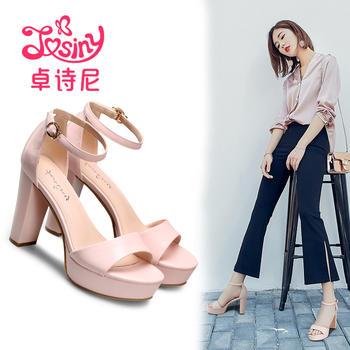卓诗尼新款高跟一字式扣带凉鞋粗跟露趾女鞋124714902