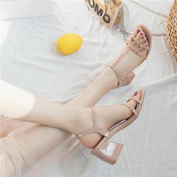 夏季韩版柳钉?#25351;?#39640;跟鞋露趾百搭一字扣带?#24895;?#20937;鞋女